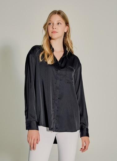 NGSTYLE Dökümlü Saten Gömlek Siyah